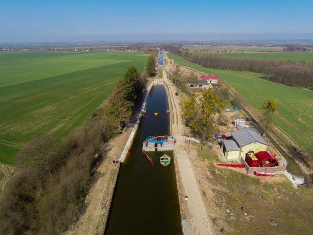 Kanał Elbląski znowu otwarty - voyage.pl