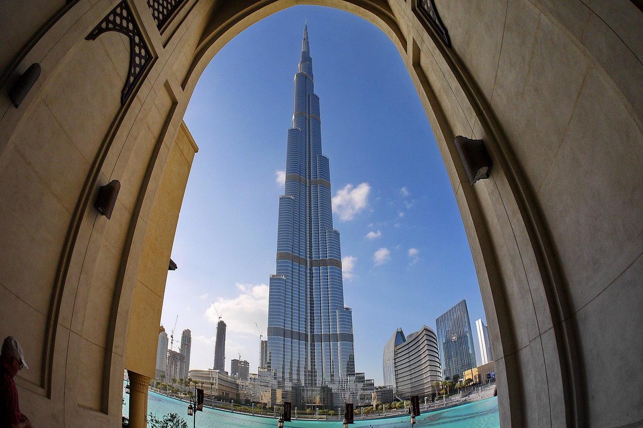 Odwiedź Dubaj – bezpieczne i tętniące życiem miasto