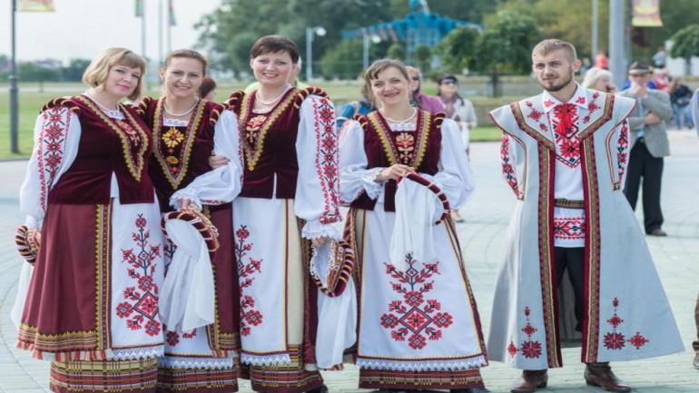 Białoruska kultura – gdzie tradycja spotyka się z nowoczesnością